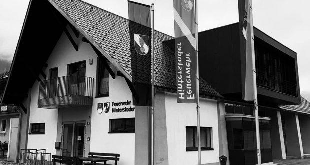 Trauerbeflaggung Feuerwehr Hinterstoder