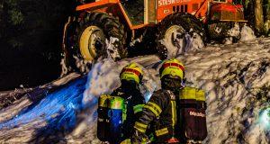 Brandeinsatz mit Schaumangriff auf den Hutterer Böden