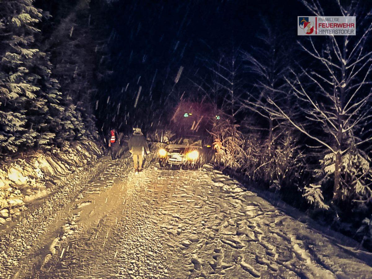 Fahrzeugbergung auf den Huttterer Böden