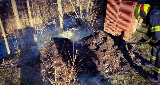 FF Hinterstoder Brand Komposthaufen Hinterstoder